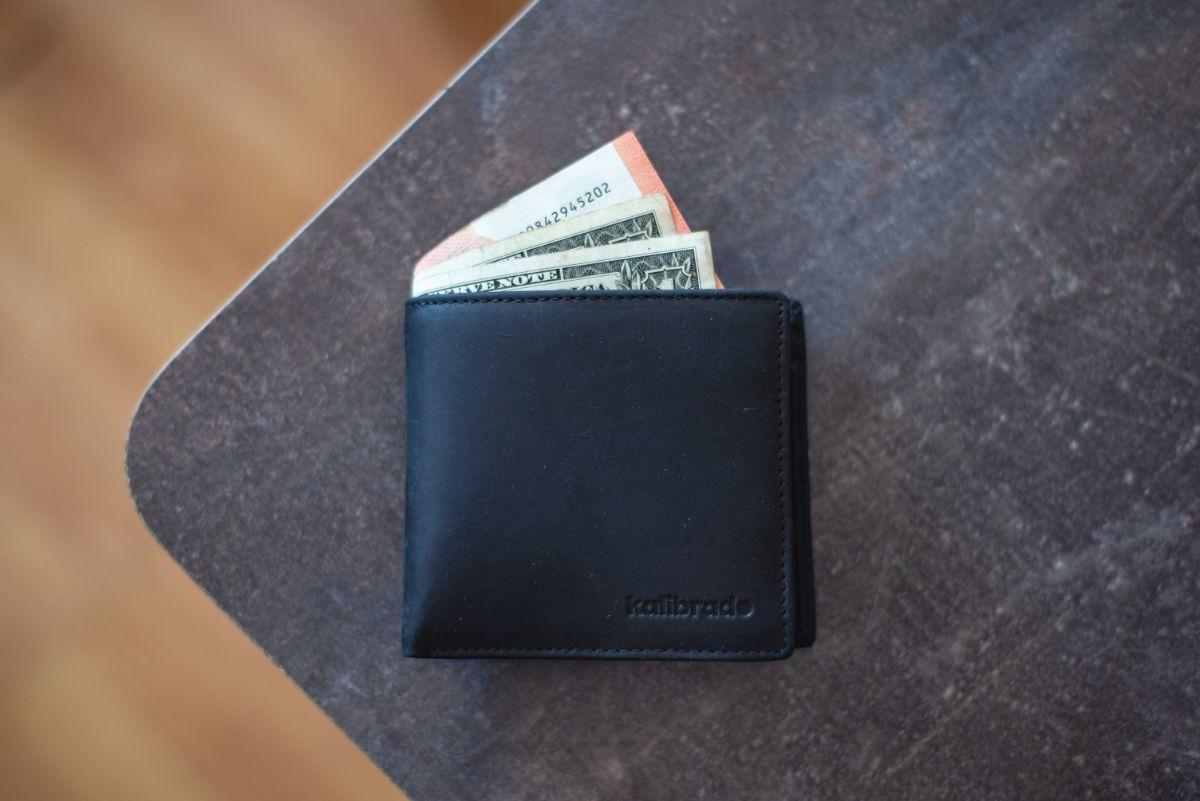 「財布を落とした」に関連する英語フレーズ