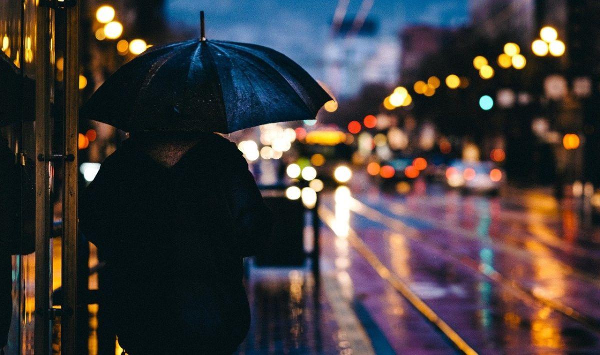 「もうすぐ梅雨明け」に関連する英語フレーズ