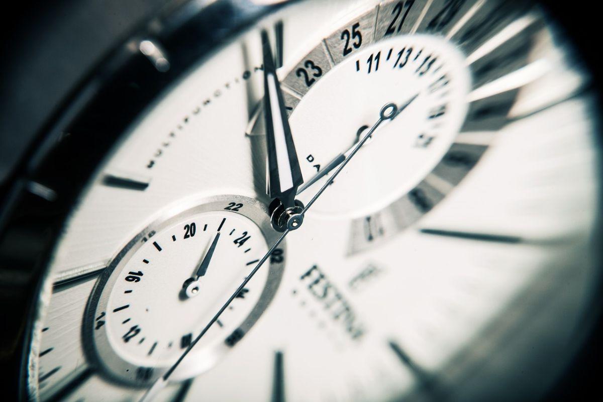 「時間の無駄」に関連する英語フレーズ