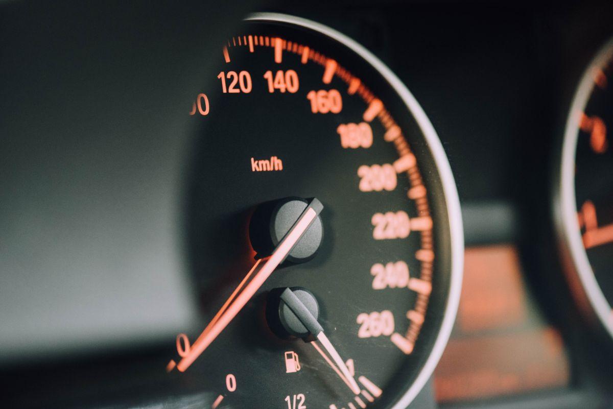「車を運転するのが好き」に関連する英語フレーズ