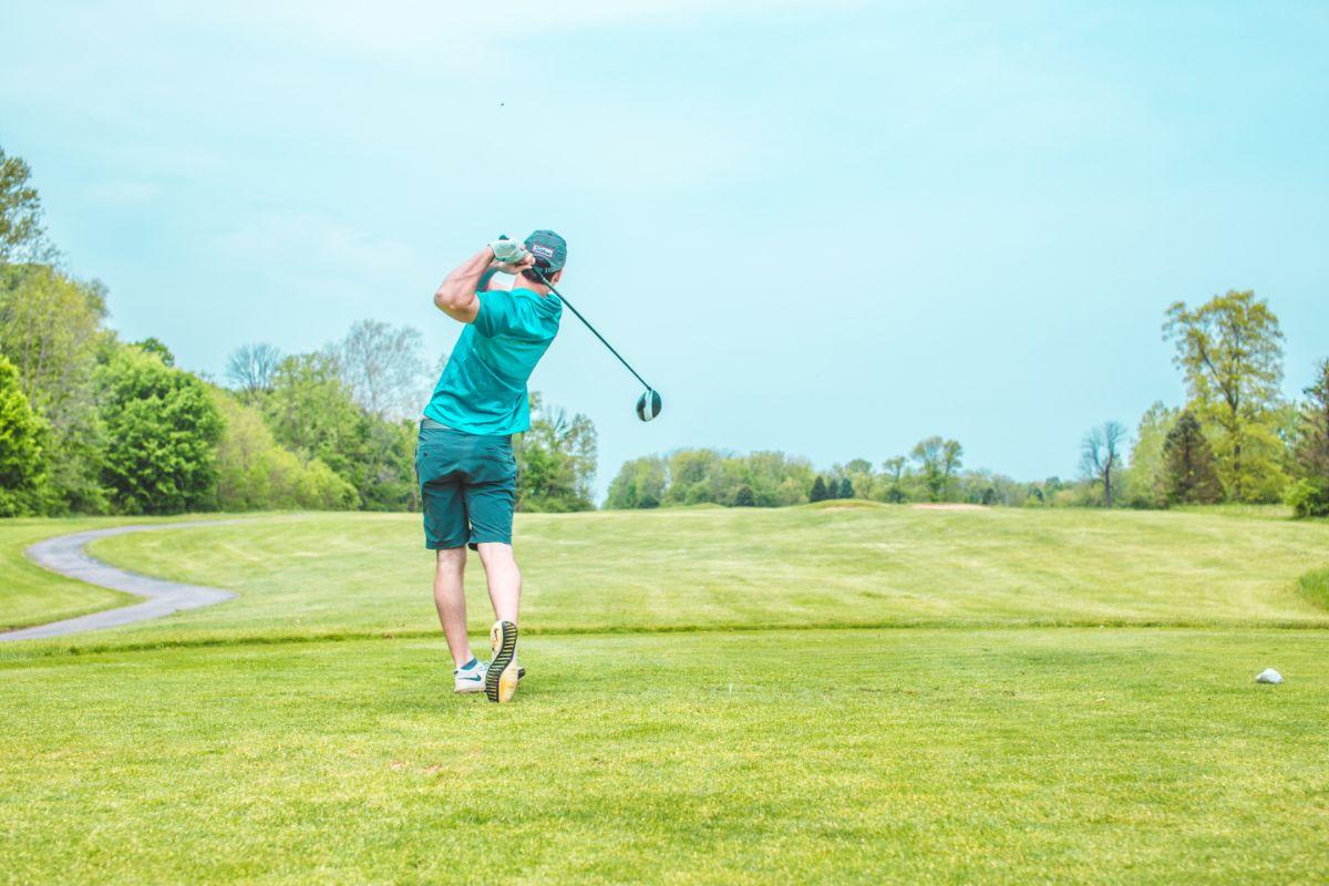 「私は最近ゴルフを始めました」に関連する英語フレーズ
