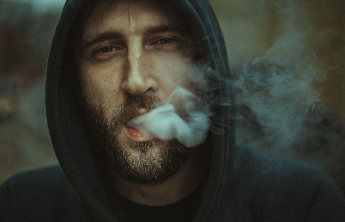 「タバコを吸ったことがない」に関連する英語フレーズ