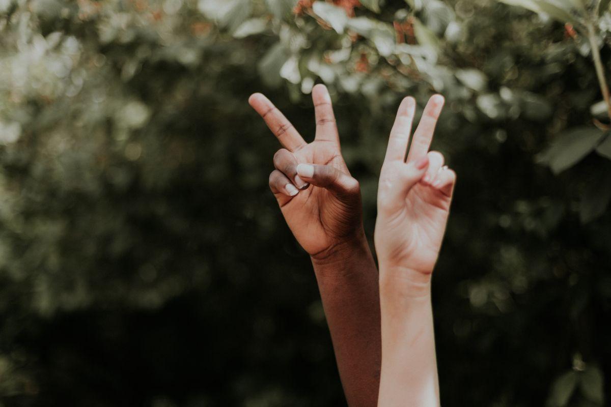 「人種差別はあってはならない」に関連する英語フレーズ