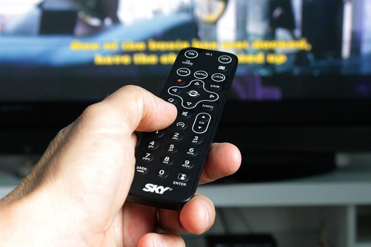 「テレビを見ながら寝てしまった」に関連する英語フレーズ