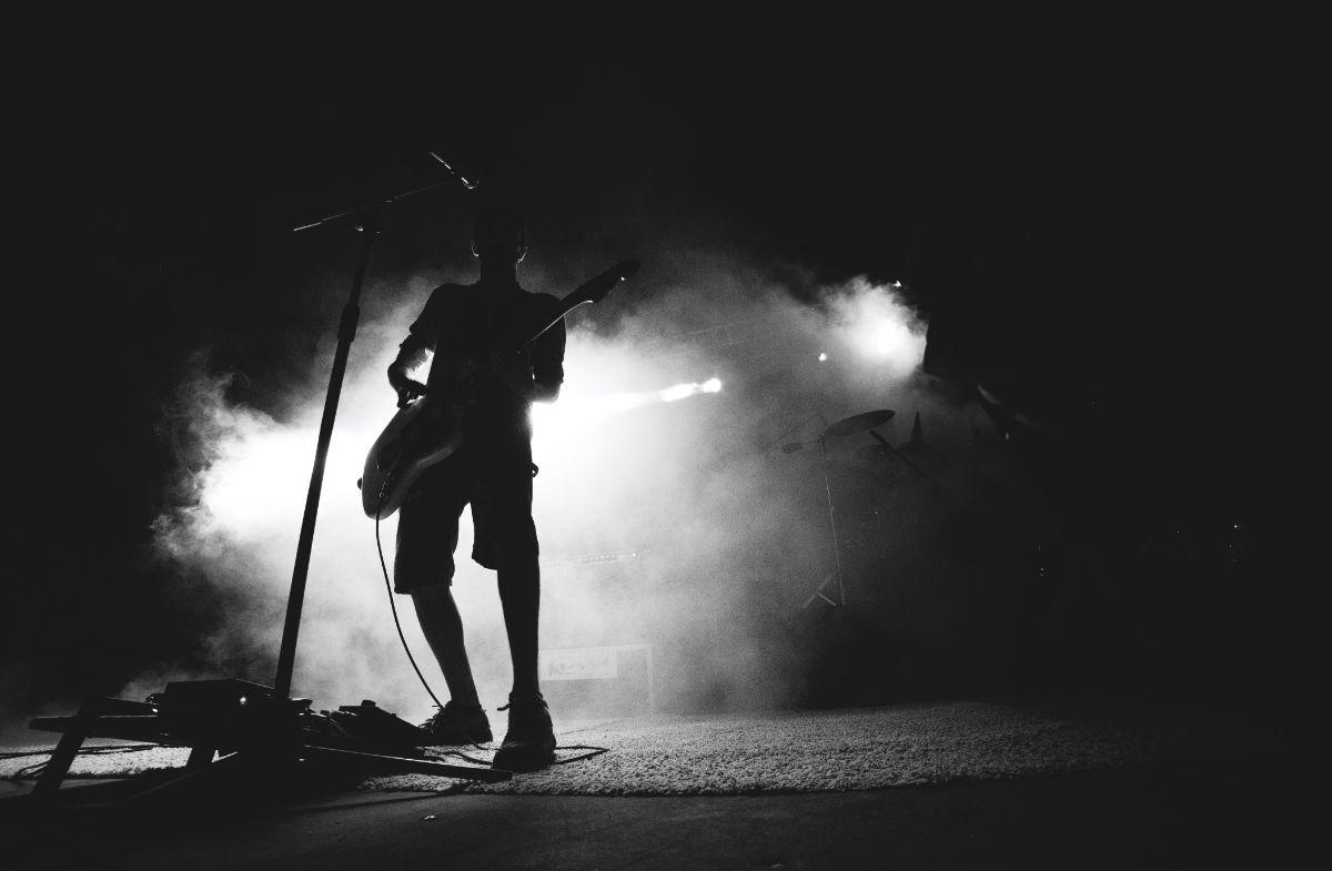 「ギターを弾くのが好き」に関連する英語フレーズ