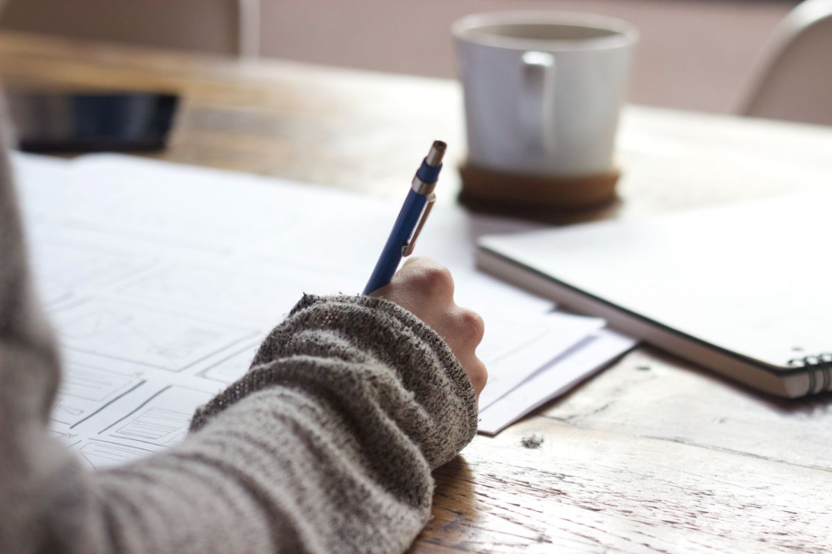 「努力に勝る天才なし」に関連する英語フレーズ