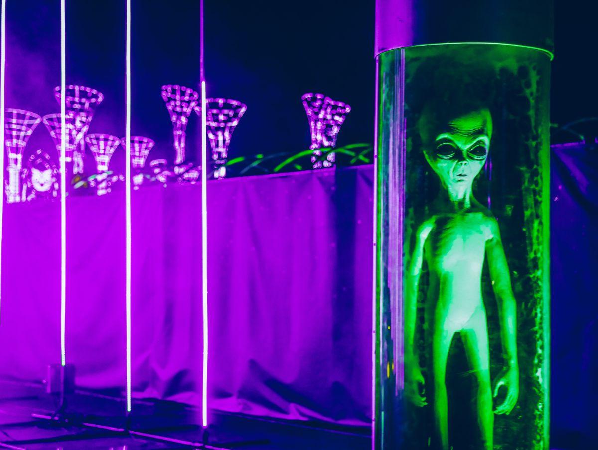 「UFOを見たことがありますか」に関連する英語フレーズ
