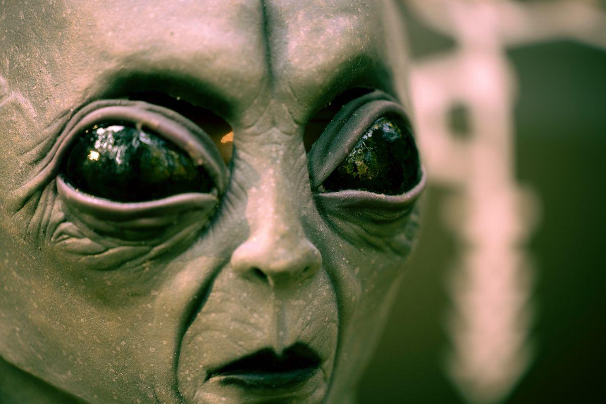 「UFOを見た」に関連する英語フレーズ